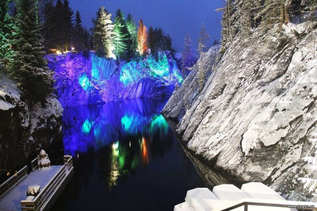 Зимняя Сказочная Карелия на 1 день с волшебной подсветкой.